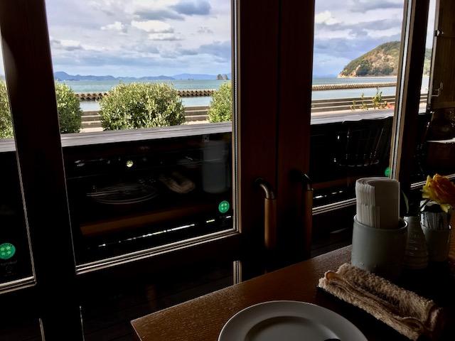 シェタチバナ窓からの風景